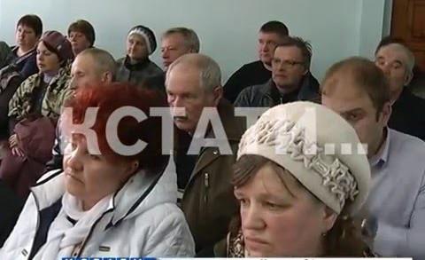 За газом в суд на автобусе отправились жители сразу 3-х деревень в Борском районе