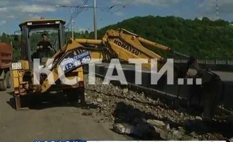 Ремонт Молитовского моста парализовал город, на очереди Канавинский