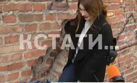 Нижегородский кремль затрещал — огромная трещина разорвала стену в районе Борисоглебской башни