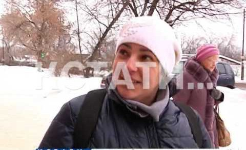 Припаркованный автомобиль в горку для катания детей превратили в Ленинском районе
