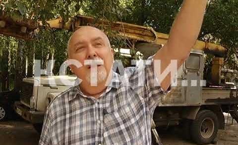 Скандальное остолбенение — жители улицы Ванеева вышли на протест против мобильной связи.