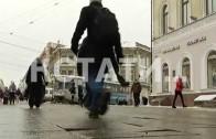 Главная прогулочная улица города сама начала гулять под ногами нижегородцев