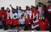 Сборная мира против журналистов — матч в валенках на новой футбольной базе
