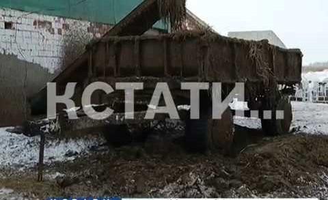 Тракторист, застрявший в собственном тракторе умер от холода и удушья