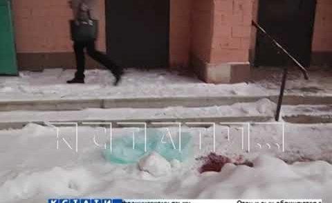 14-летняя девочка выпала с балкона в центре города