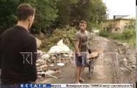 Агрессивный мусорщик, представившийся чемпионом мира по единоборствам, напал на журналистов