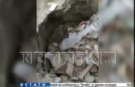 Строящие на Бору детсад подрядчики закапывают мусор у стен здания
