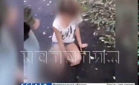 Заводилу подростковой банды начали судить за избиение умственно-отсталого ребенка