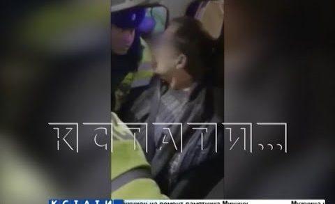 Чтобы остановить неадекватного бизнесмена на машине полицейским пришлось стрелять