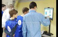 Работу центра одаренных детей «Вега» проверил сегодня губернатор области