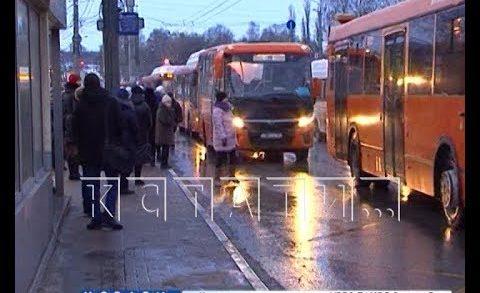 Мэр города продолжает проверять работу общественного транспорта