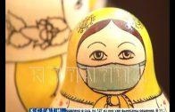 Хохломская роспись в тренде — семеновская матрешка тоже надела защитную маску