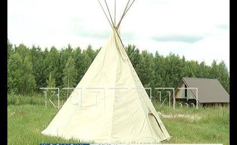 Индейское жилище в Нижегородской глубинке — посреди поля в Городецком районе вырос вигвам
