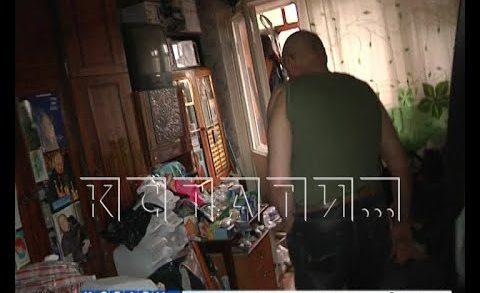 Война Плюшкина — один брат превращает квартиру в помойку, а другой пытается ее расчистить