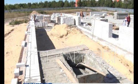 «Капсула времени» была заложена сегодня на месте строительства новой школы в Дзержинске