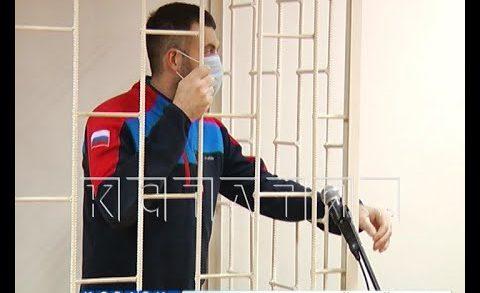 Полицейский, получавший взятки с лесорубов, оказался на скамье подсудимых