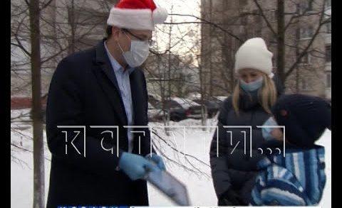 Глеб Никитин сегодня выступил в роли Деда Мороза