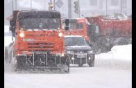 Коммунальщики не могут расчищать дороги из-за припаркованных автомобилей