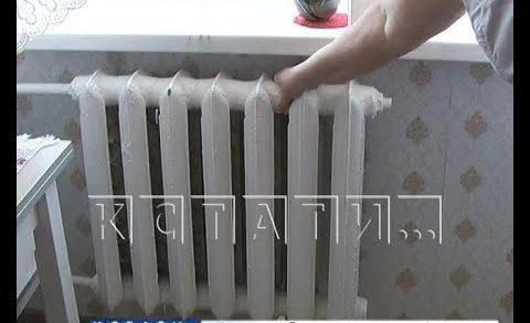 У нижегородцев в домах стало слишком жарко — батареи греют вовсю
