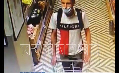 Жулик, умеющий обманывать систему безопасности магазинов — ворует колбасу тележками