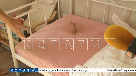 Новую крышу в новом доме в Советском районе пришлось капитально ремонтировать,но все равно протекает